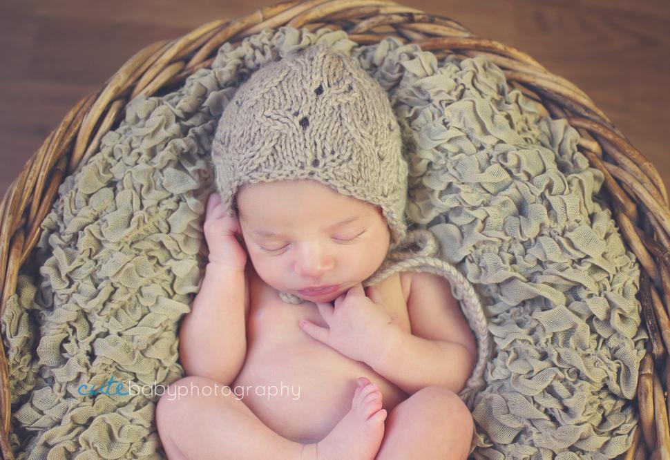 Newborn Photography Manchester, aneta gancarz newborn and baby photography Manchester, newborn baby, newborn portrait