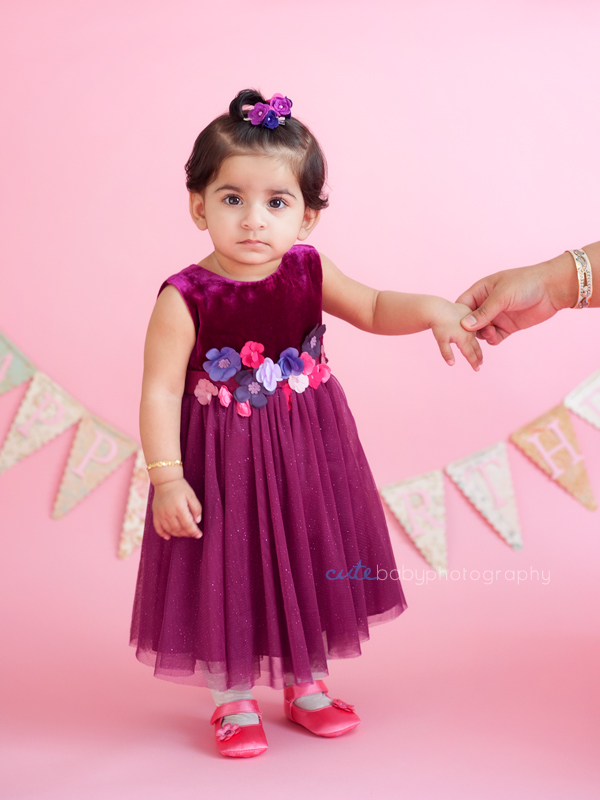 baby Meerab, baby photography Manchester, cake smash photography