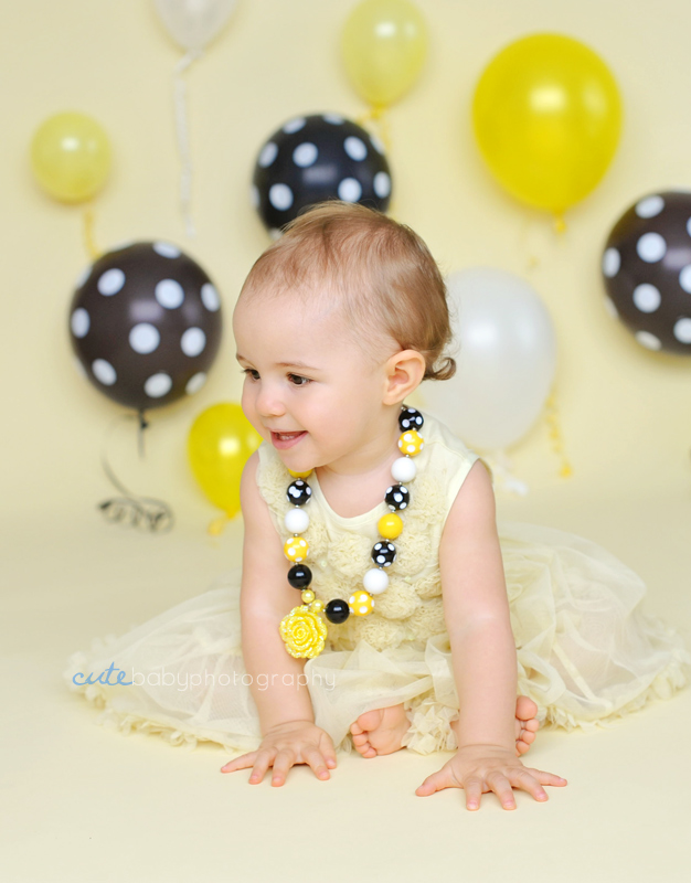 baby Lilly May, baby photography Manchester, cake smash photography