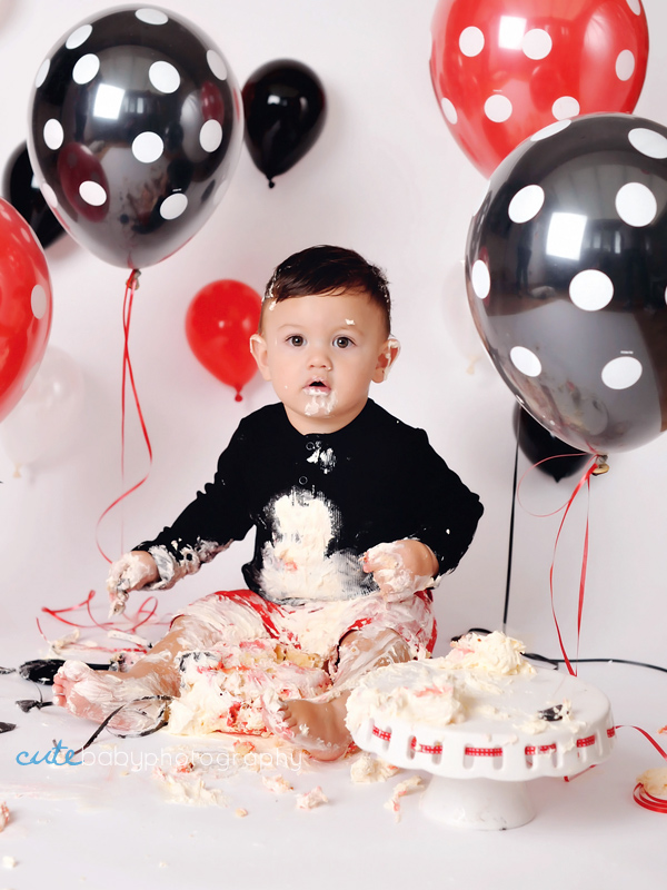 baby Austin, baby photography Manchester, cake smash photography