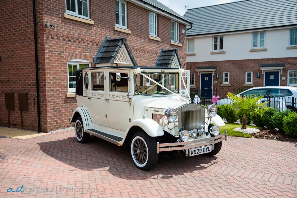 High Style Wedding Cars Dukinfield, Wedding Photography Cheshire, Tom Gancarz