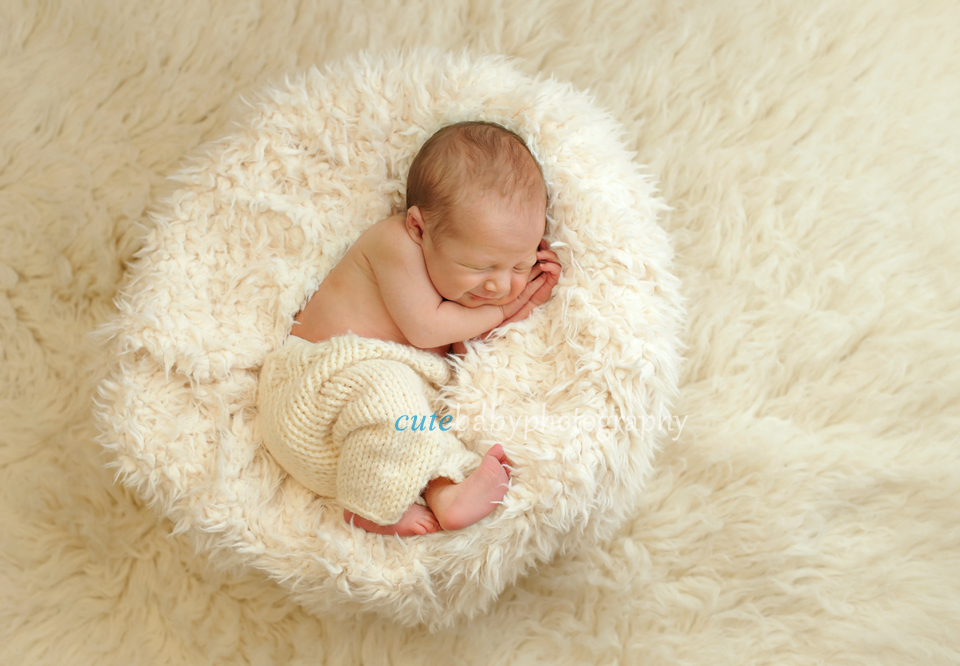 cutebaby photography Manchester, Hyde, newborn portrait, newborn session