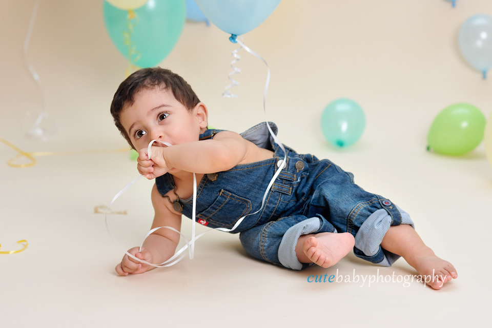 baby photography Manchester, cake smash photography Hyde,cake smash photography