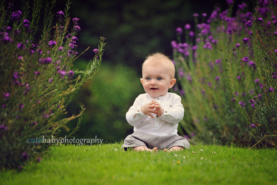 Professional baby photography manchester 7 months old baby sethan sitting up session