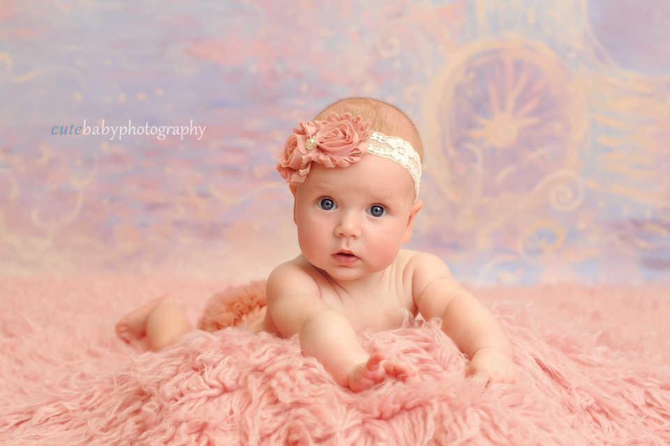 Baby photography manchester cutebaby photography baby scarlett 5 months old