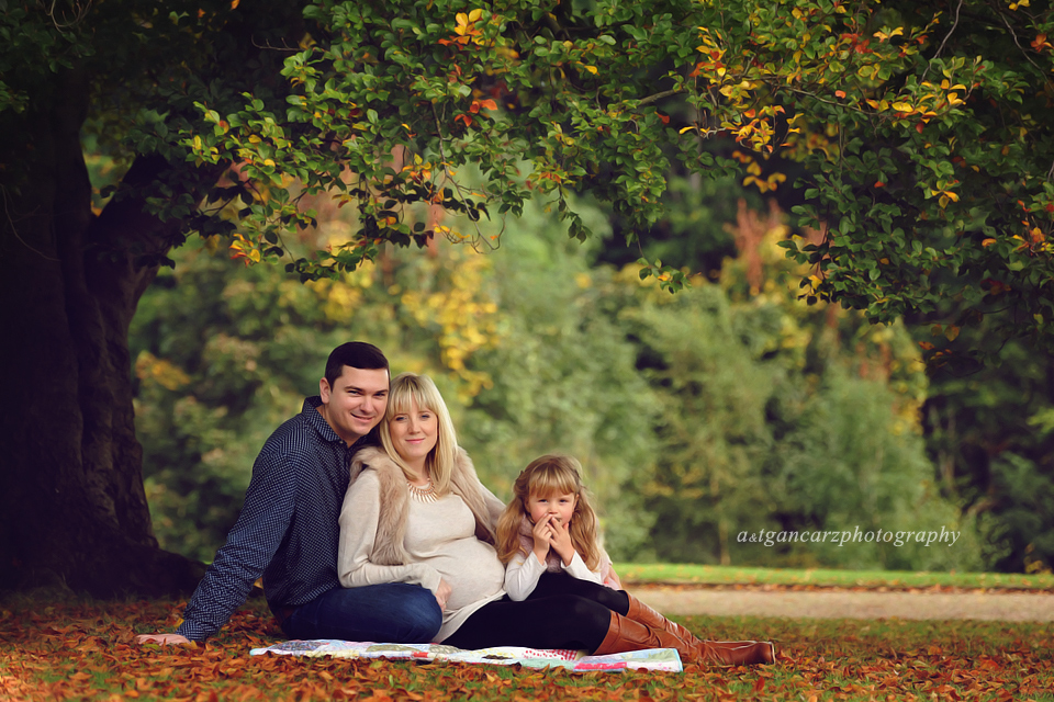 Pregnancy Photography Manchester, Professional Pregnancy Photography Manchester | Cutebaby Photography | Bump to Baby Session | Joanna, Michael and Julia