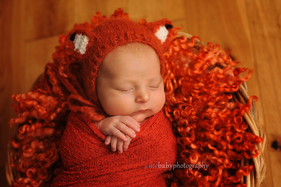 cutebaby photography Manchester, Hyde, Newborn Photography Manchester | Cutebaby Photography | Baby Harry { 18 days }