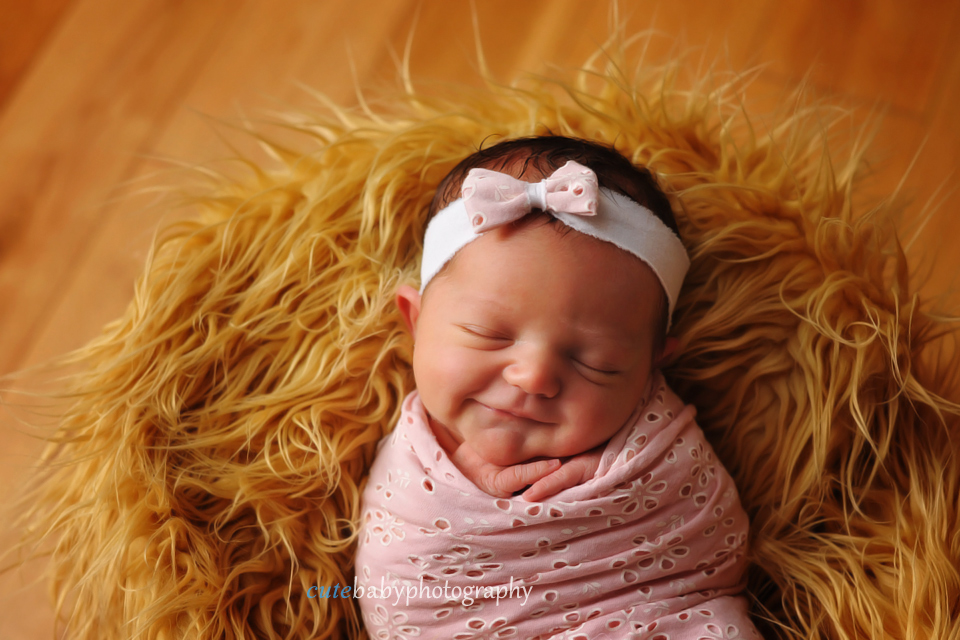cutebaby photography Manchester, Hyde, Newborn Photography Manchester | Cutebaby Photography | Baby Maya { 5 days }