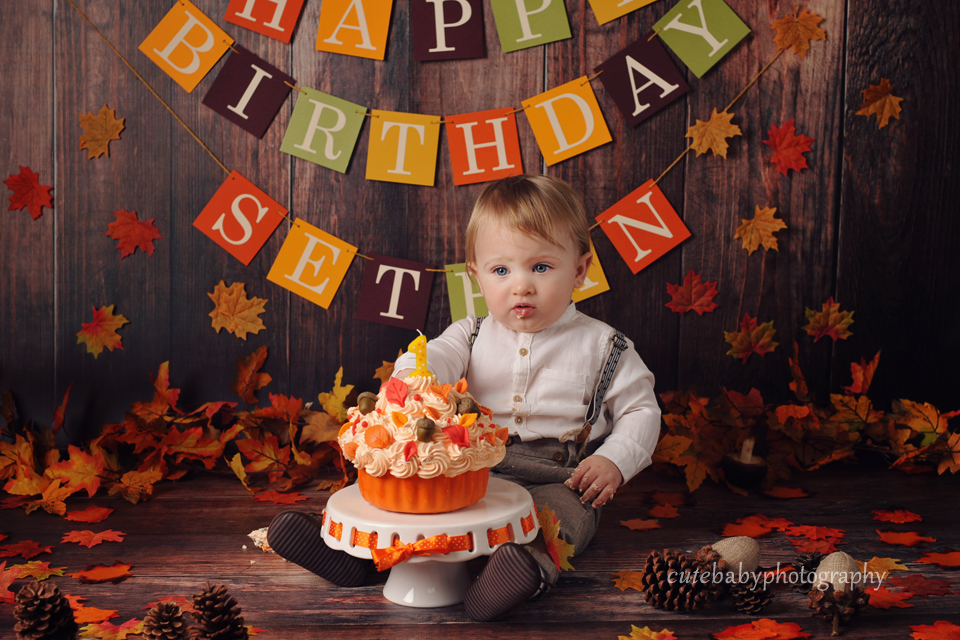 cutebaby photography Manchester, Hyde, cake smash, Cake Smash Photography | Baby Sethan