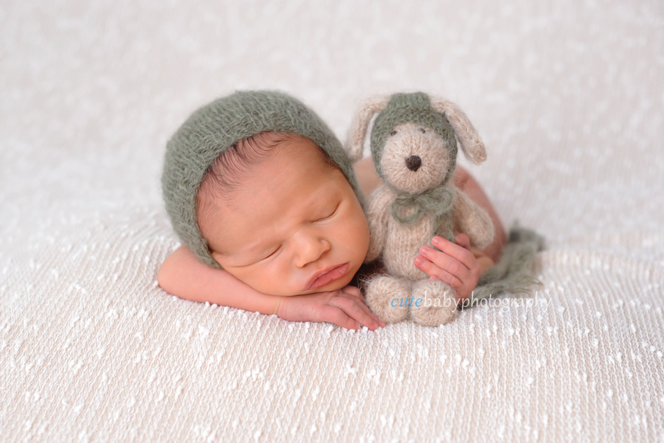 cutebaby photography Manchester, Hyde, Newborn Photography Manchester | Henry
