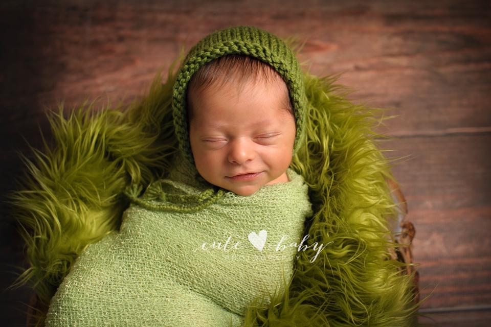 Newborn Photography Manchester   Baby Preston
