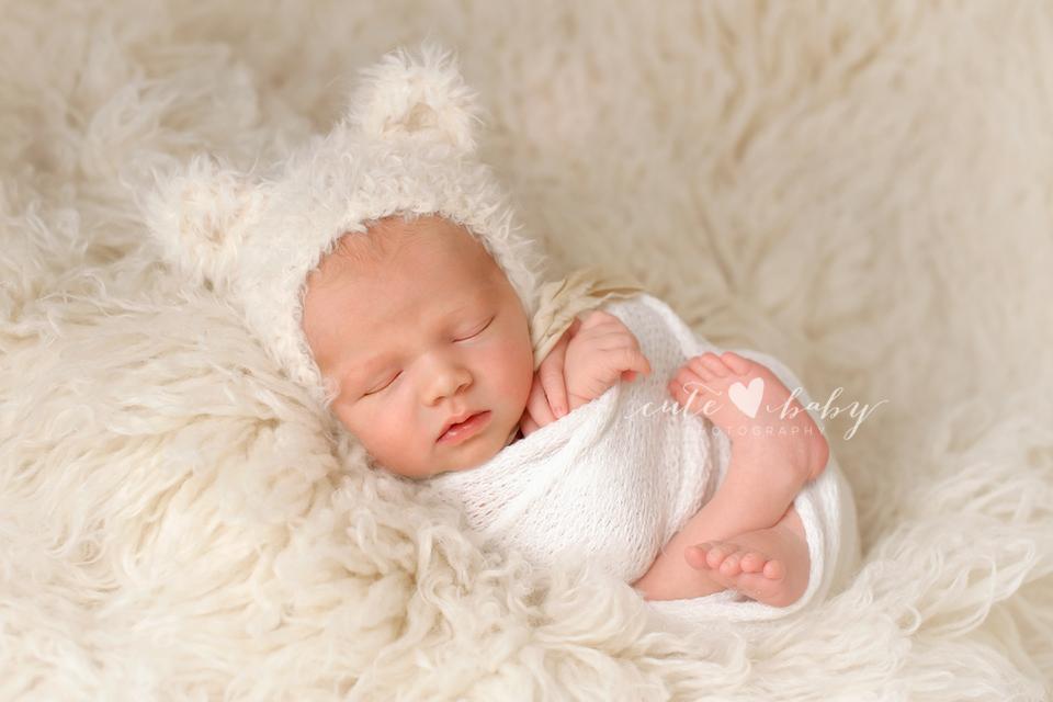 Newborn photography cheshire baby ben
