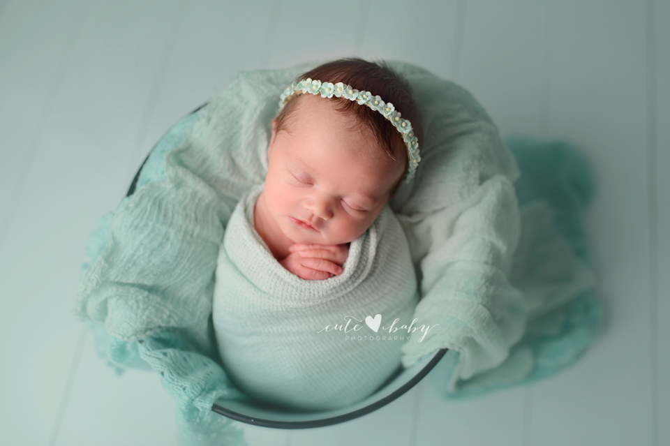 newborn photography manchester, newborn pictures cheshire