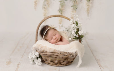 Newborn Portraits Manchester | Emily Mia